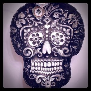 Black and silver candyskull dish